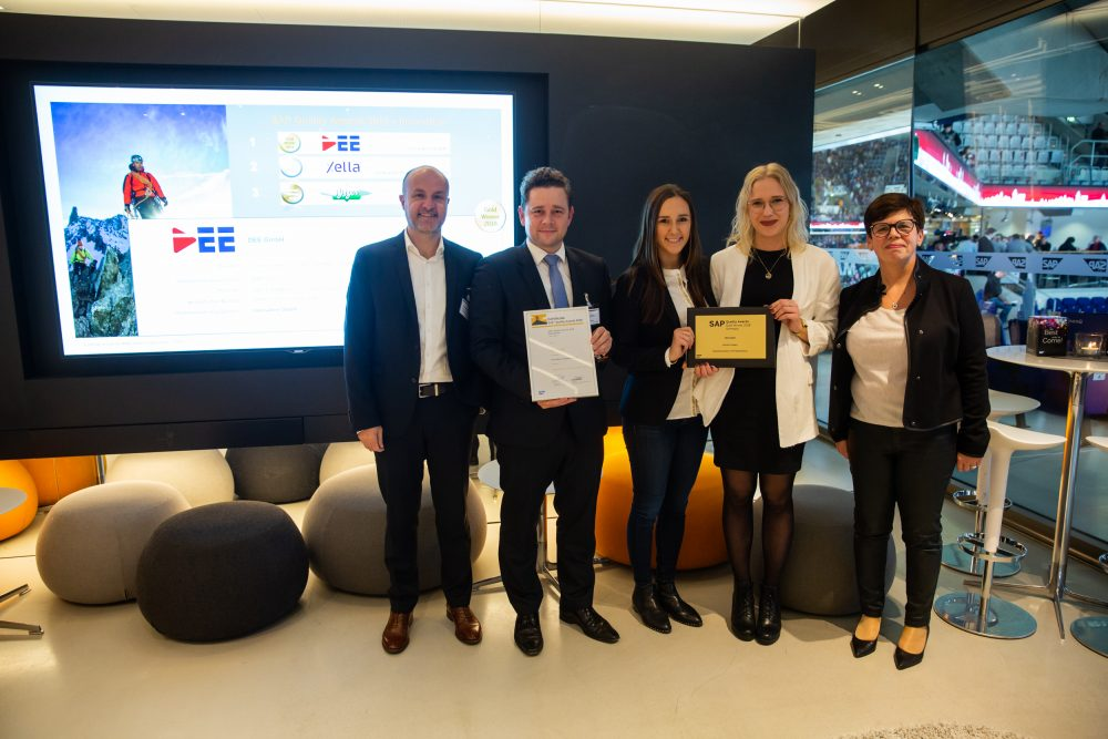 News Foto SAP Quality Award Preisverleihung 6 e1565089830698 - SAP S/4HANA Cloud bei DEE