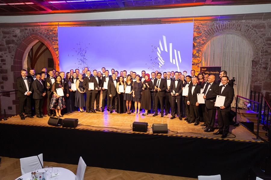 News Foto SAP Quality Award DEE EMEA 10 - Silber bei den SAP Quality Awards EMEA für das SAP S/4HANA Cloud-Projekt bei DEE