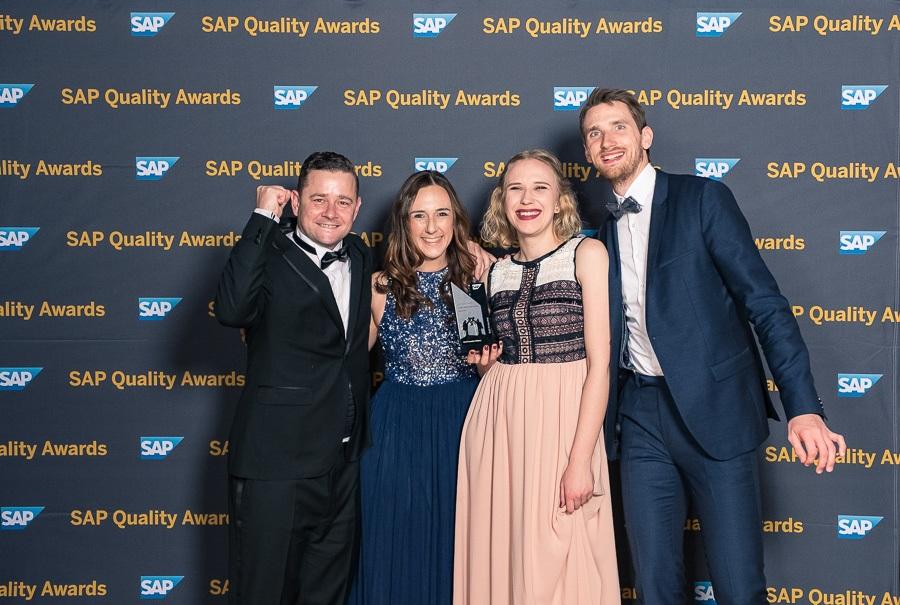News Foto SAP Quality Award DEE EMEA 12 - Silber bei den SAP Quality Awards EMEA für das SAP S/4HANA Cloud-Projekt bei DEE