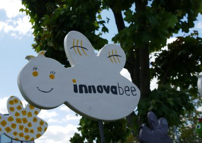 News Innova Bees Bild 2 400x284 - Gartenschau im Remstal: Innova Bees schwärmen aus
