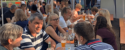 News Foto Sommerfest Beitragsbild 400x160 - Räumlich getrennt und trotzdem nah am Kunden – SAP-Beratung in Zeiten von Social Distancing