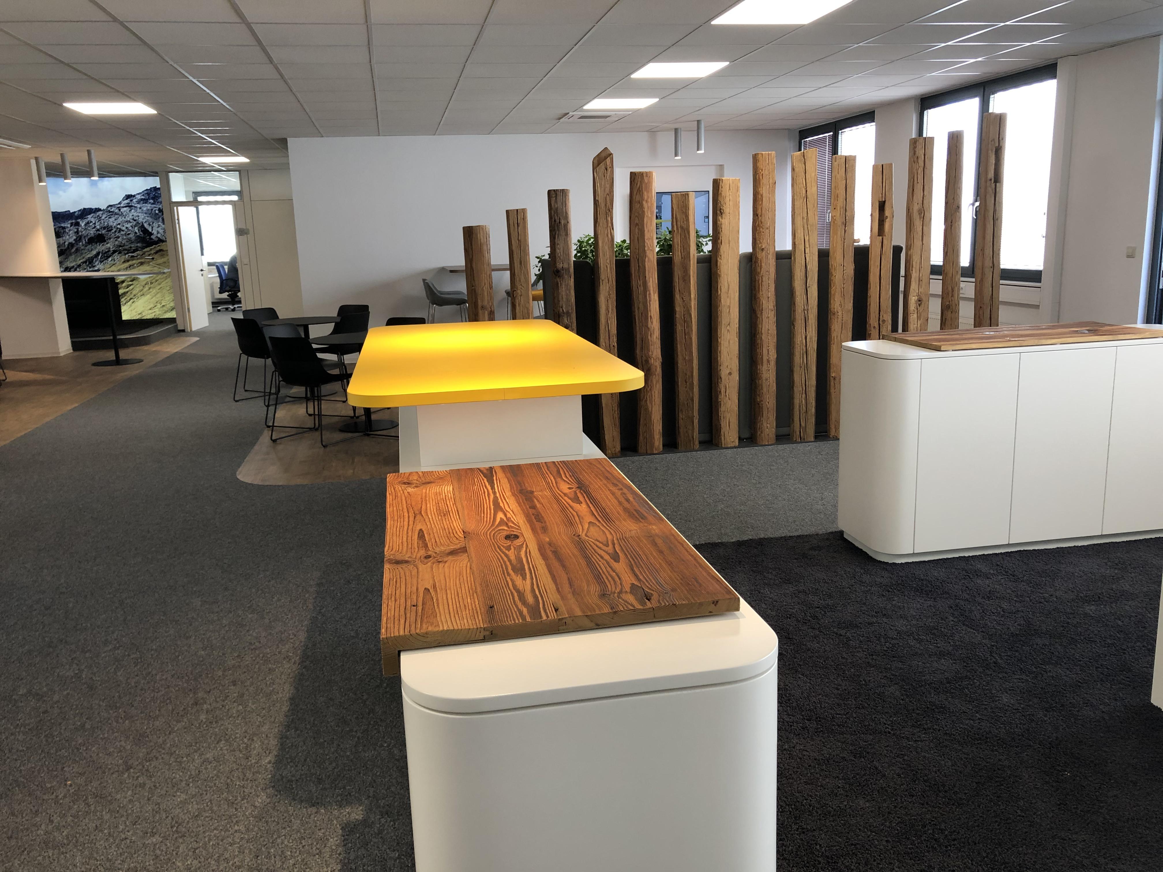News Foto  Lounge 8 - Gepflegt chillen und arbeiten: Innovabee weiht neue Lounge ein