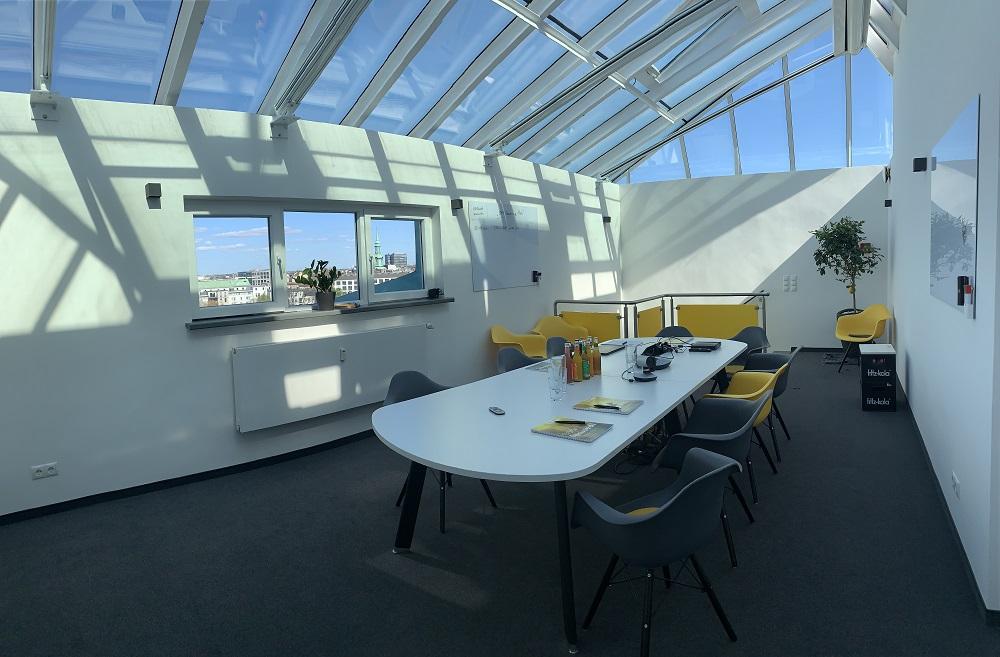 News Foto Umzug Hamburg Glockengiesserwall 13 - Innovabee wächst und bezieht neues Büro in bester Hamburger Citylage