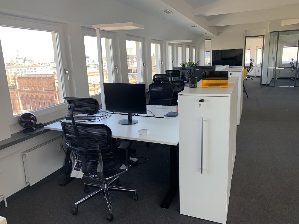 News Foto Umzug Hamburg Glockengiesserwall 18 - Innovabee wächst und bezieht neues Büro in bester Hamburger Citylage