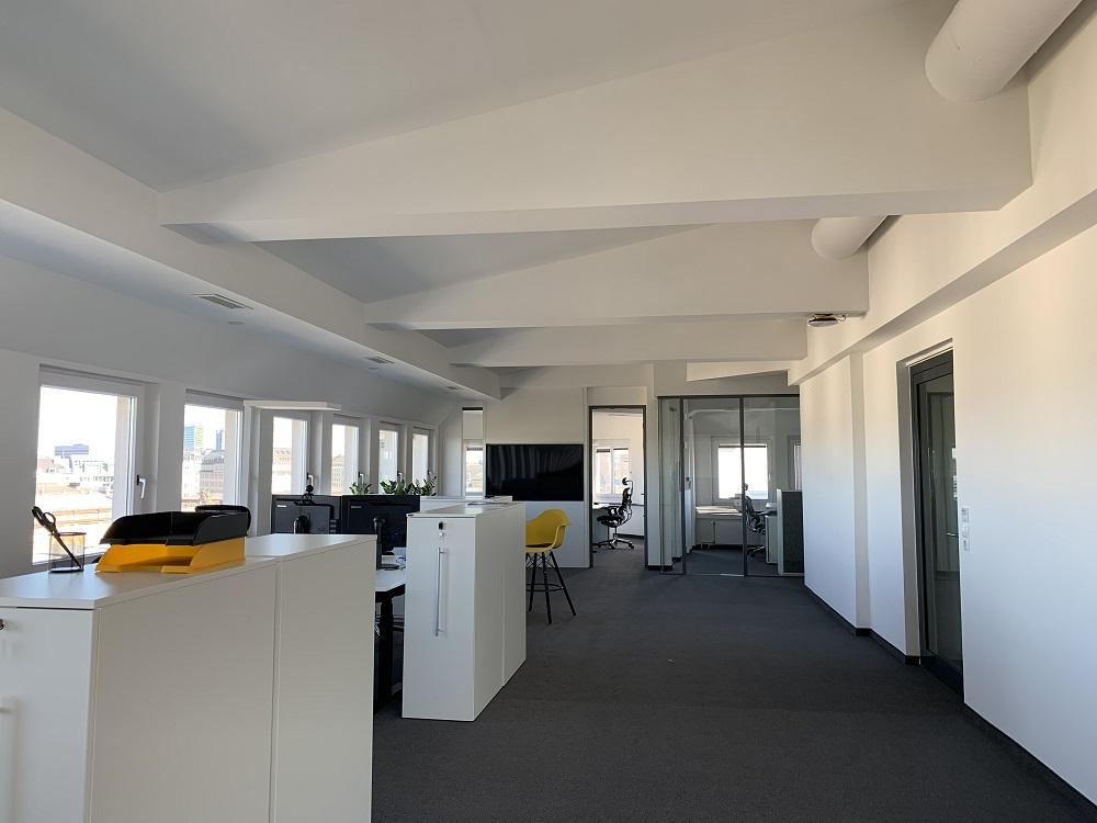 News Foto Umzug Hamburg Glockengiesserwall 19 - Innovabee wächst und bezieht neues Büro in bester Hamburger Citylage