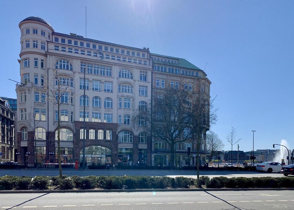 News Foto Umzug Hamburg Glockengiesserwall 2 - Innovabee wächst und bezieht neues Büro in bester Hamburger Citylage