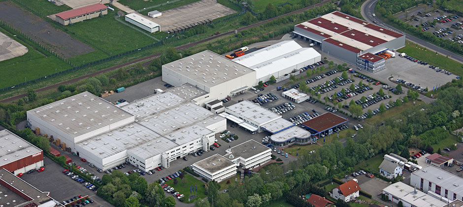 News EFA Foto Logistikzentrum - Emil Frey Autoteilewelt automatisiert mit SAP S/4HANA Cloud seine Prozesse