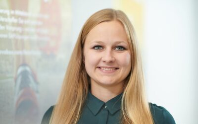 Mitarbeiter Foto Bianca Schulze 800x500 400x250 - Lösung für die Abwicklung der Verbrauchsteuer mit SAP S/4HANA verfügbar